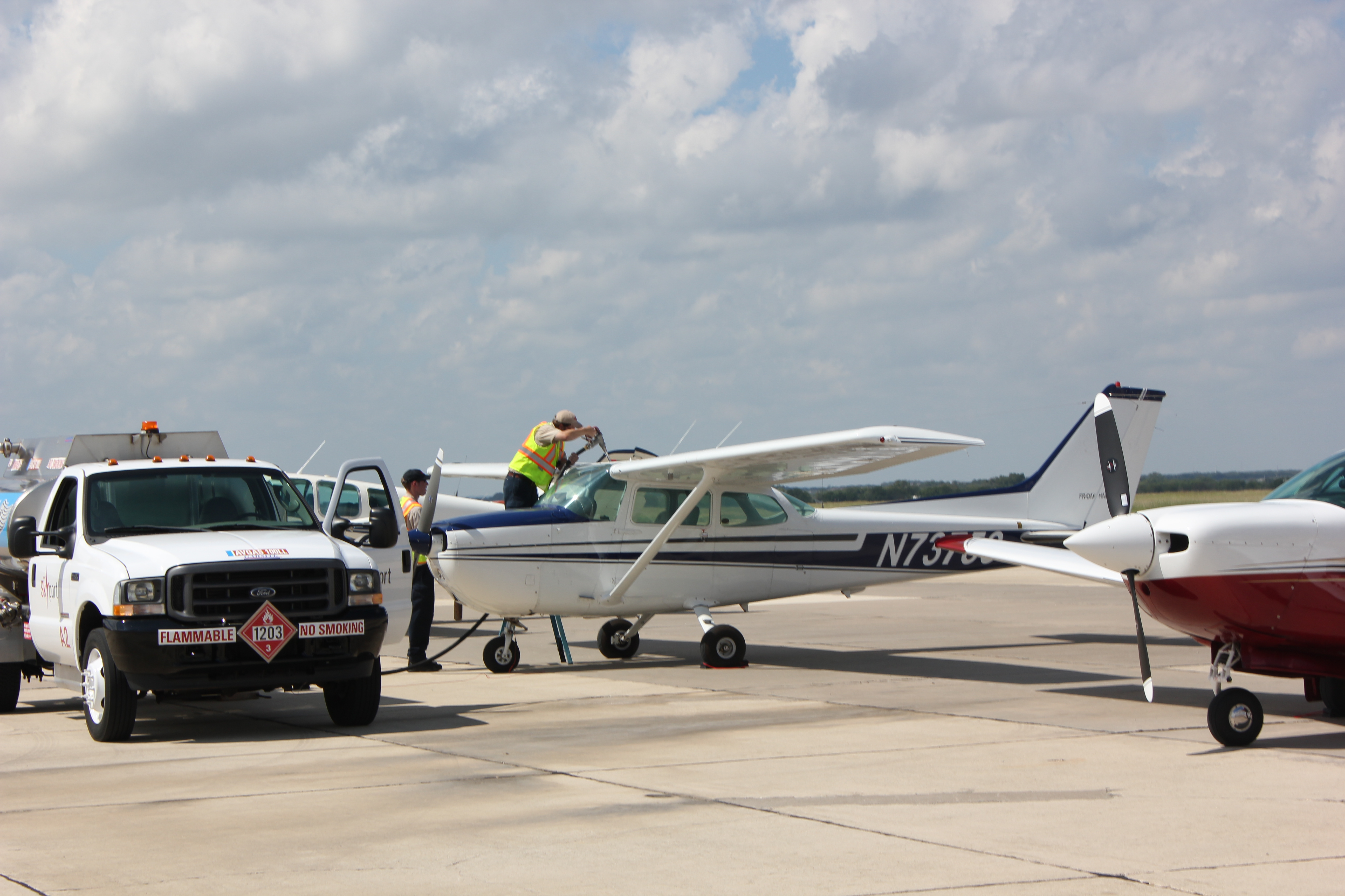 Industry Partnership Uses One-Dollar Avgas to Fuel Research